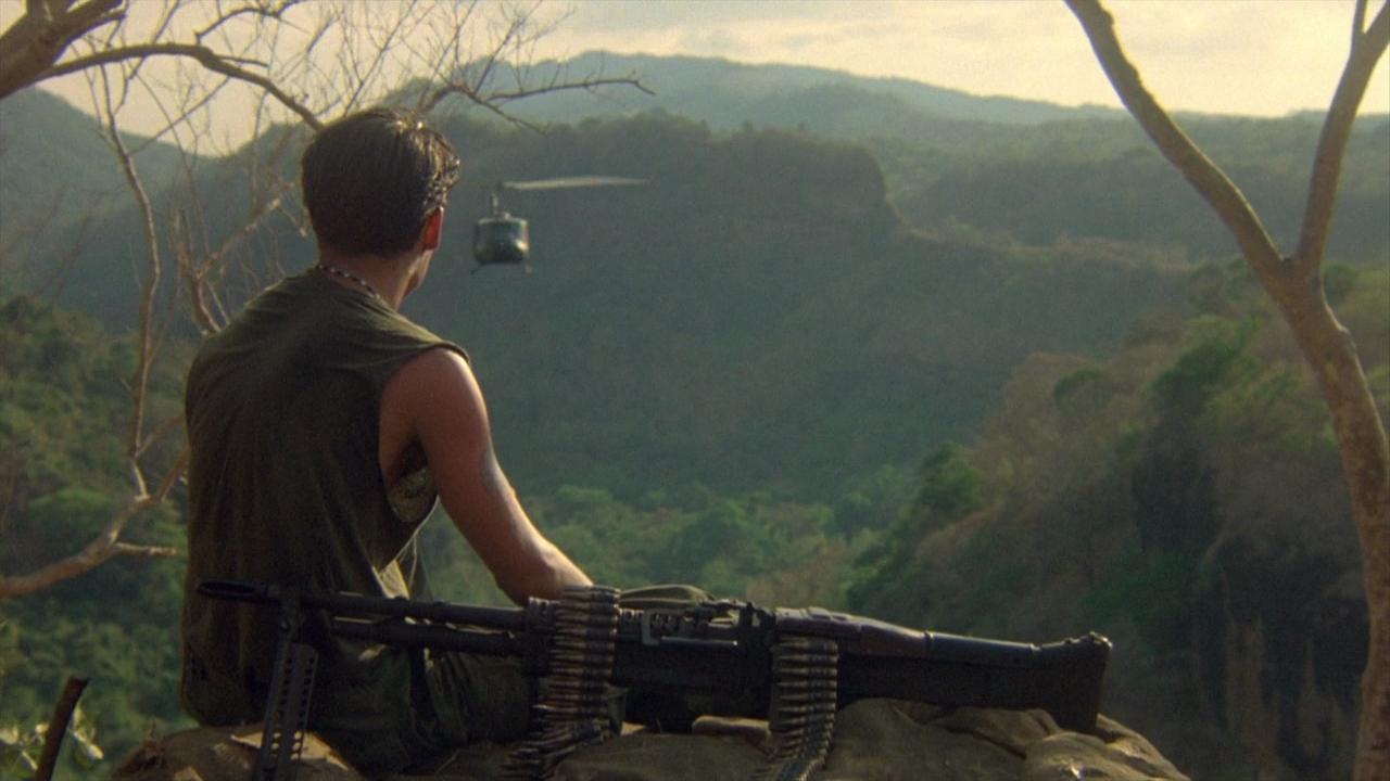 พลาทูน (Platoon) ภาพยนตร์สงครามเวียดนามระดับตำนาน