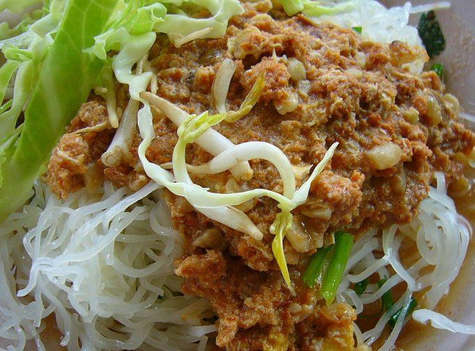 khanom-chin